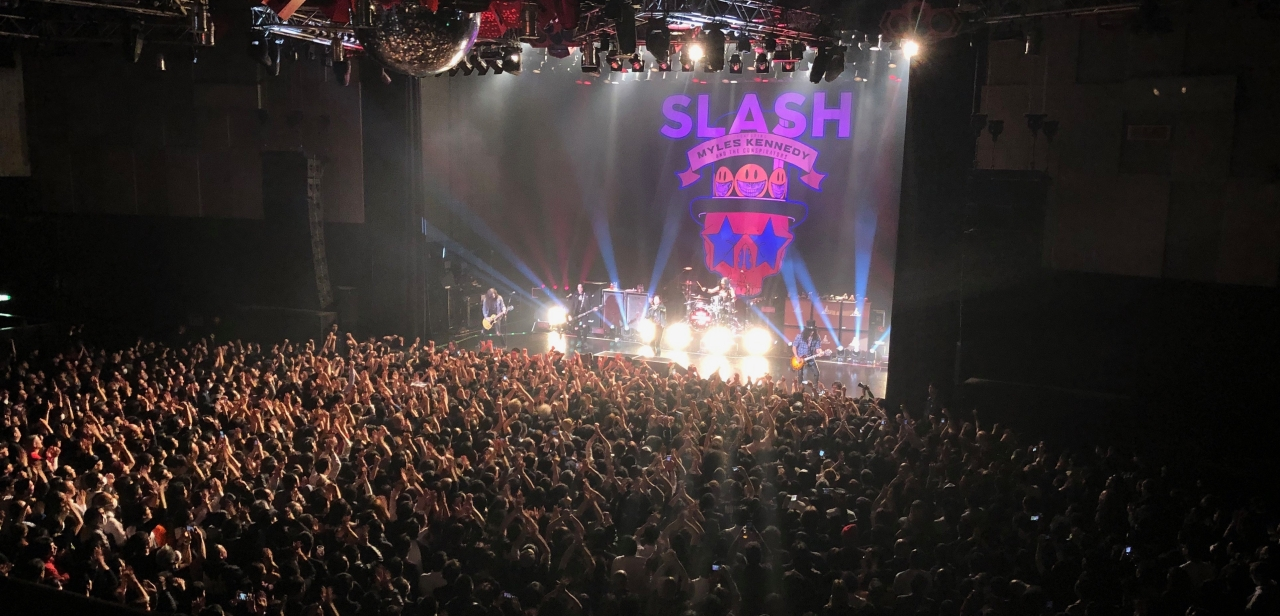 slash crowd 1